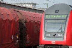 Uranzug auf Gleis 13, Hauptbahnhof Münster, 17. 10. 2011, 13.48