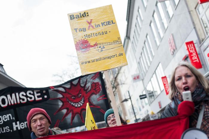 Foto Pay Numrich: Fukushima Jahrestag Demo in Kiel