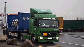 UF6_Transport_Hamburg_Hafen_20120123_21